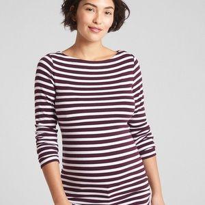 GAP modern boatneck top maternity striped shirt S